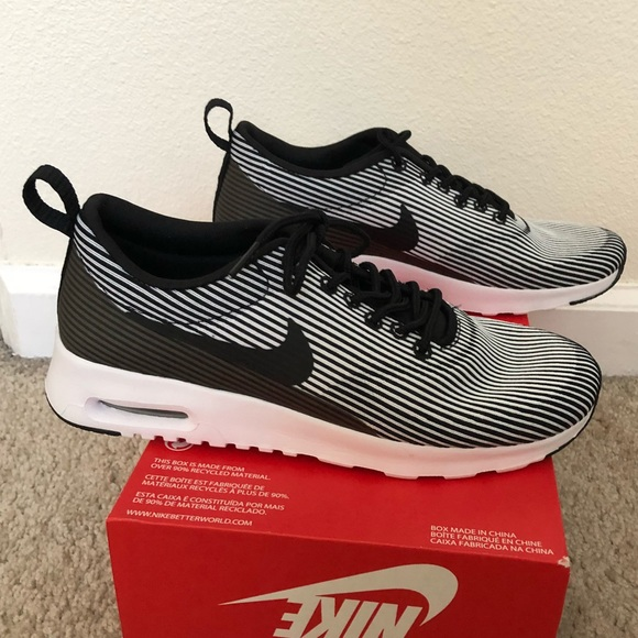 New! Women's Nike Air Max Thea KJCRD Shoes Size 7